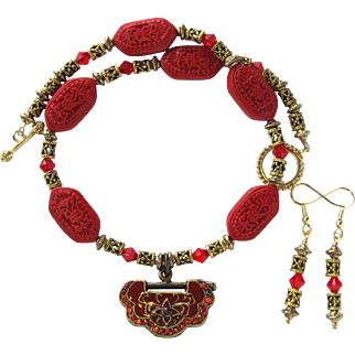 Choker with Red Enameled Chinese Lock Pendant – Swarovski Crystals – Cinnabar Beads – Matching Earrings