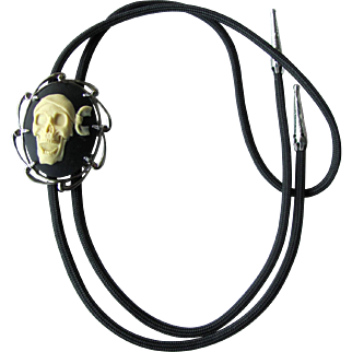 Skull Bolo Tie with Pirate Skull Slider in Silver-Plate Wave Setting