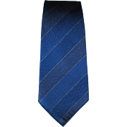 Vintage Wembley Tie with Diagonal Stripes in Shades of Blue