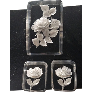 Vintage Reverse Carved Lucite White Roses Pin and Screw Back Earrings Very Detailed