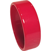 Vintage Red Lucite Bangle Bracelet