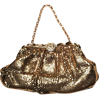 Whiting and Davis Gold Tone Mesh 1930's Evening Bag with Rhinestone Clasp Scalloped top
