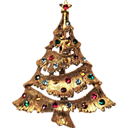 Vintage Whimsy Christmas Tree Pin In Gold Tone Metal With Rainbow Rhinestones