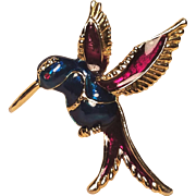 Beautiful Enamel Humming Bird in Flight Pin
