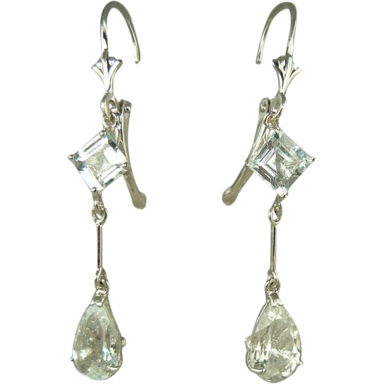 14k Gold Aquamarine Dangle Earrings~Pierced.