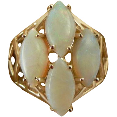 White Opal  Ring - 14k - Size 6 1/2.