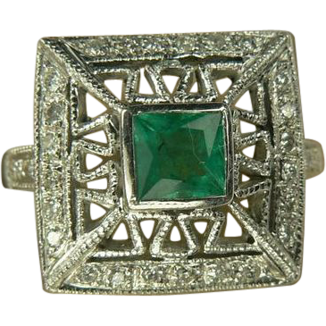 Emerald & Diamond Ring-14k-Size 6 1/2.