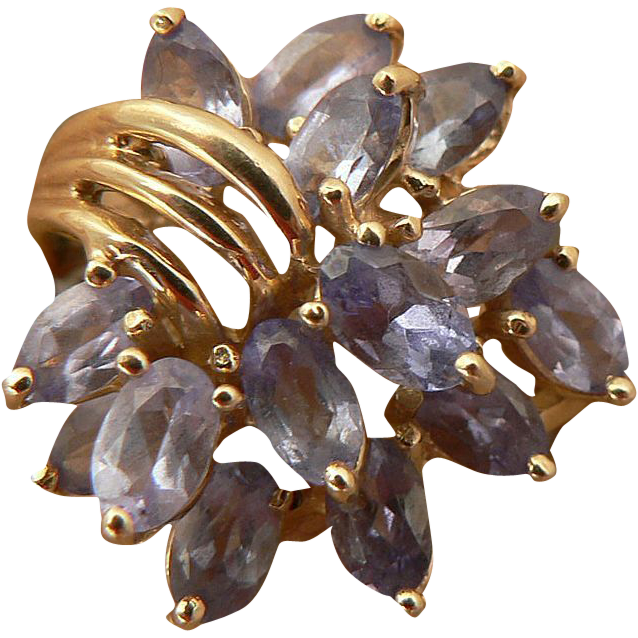 Natural Tanzanite Ring -10k Yellow Gold-Size 7.