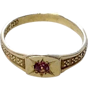 Antique Victorian 10K Gold Baby Ring w/ Stone