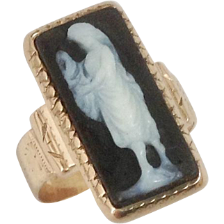 Classical Antique Carved Stone Cameo Ring c1890