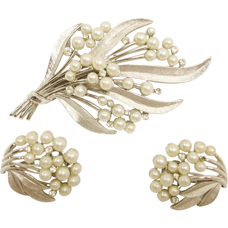 TRIFARI Brooch & Earrings Set – Vintage Trifari Demi Parure Jewelry