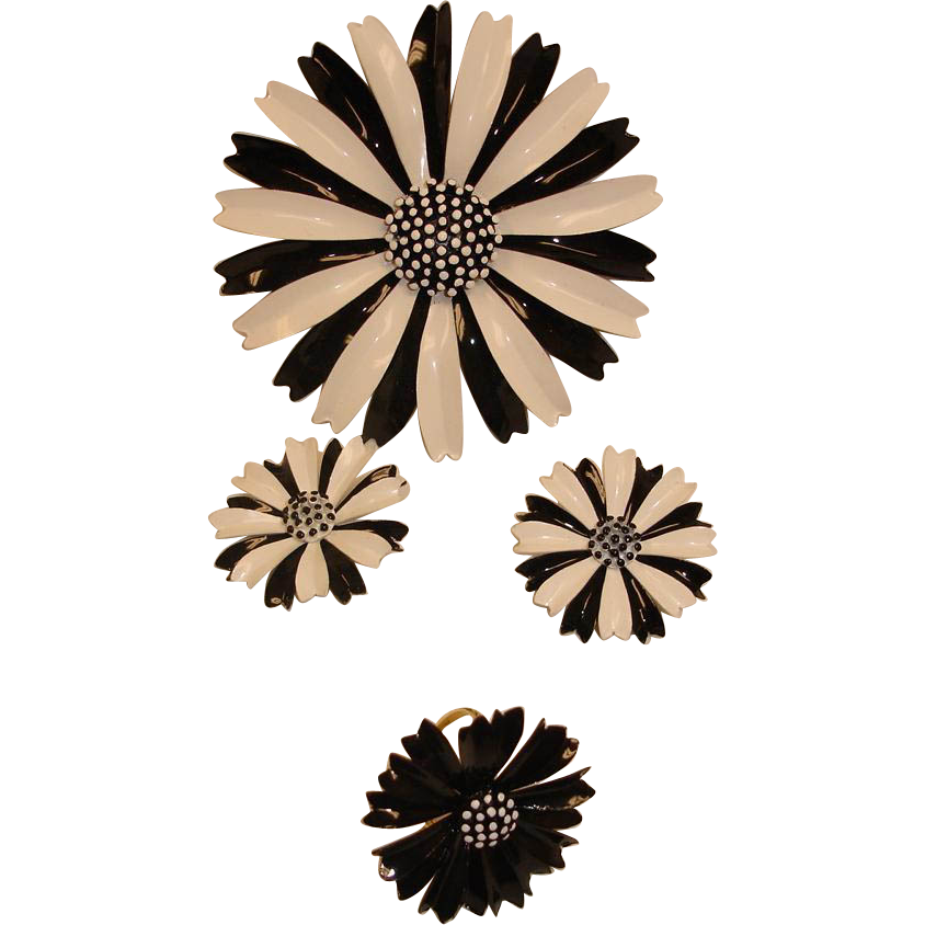 Crown Trifari Black & White Flower Parure - MOD Brooch Earrings and Ring Set - Vintage Daisy Floral Jewelry