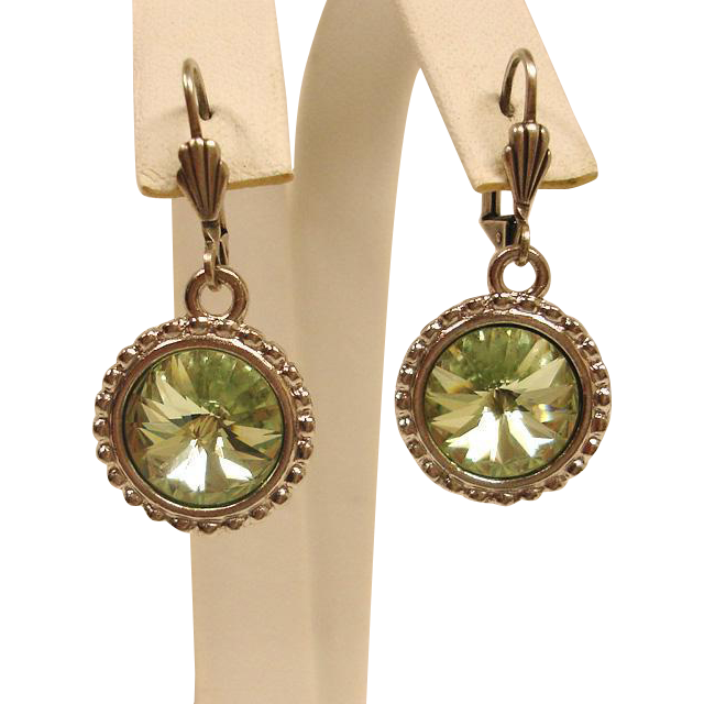 Light Green Rivoli Rhinestone – Estate Pierced Earrings