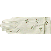 Vintage Ladies Kid Gloves - Creamy White Embroidered Leather Kid Gloves