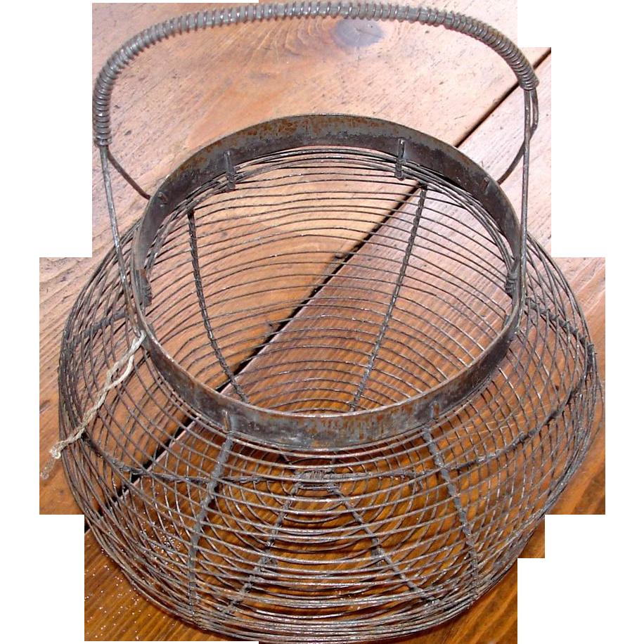 Vintage Wireware Coiled Handle Egg Basket
