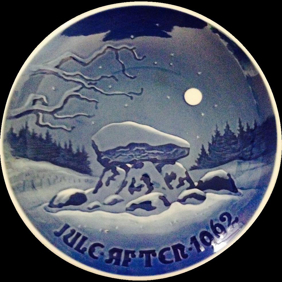 Vintage Royal Copenhagen B&G 1962 Christmas Plate