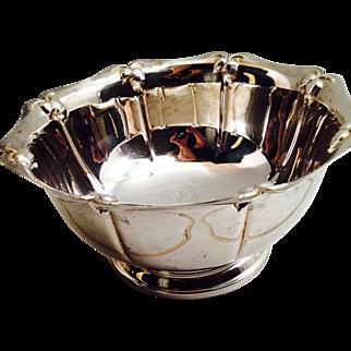 Vintage Oneida Oak Hall Serving Bowl