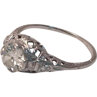 Divine Art Deco 3-stone engagement ring