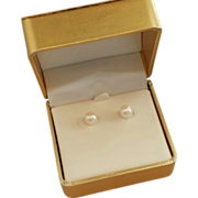 14k Yellow Gold Cultured Pearl Post Earrings