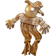 Scarecrow Brooch Pin with Faux Pearl Head and Chain Fringe Legs
