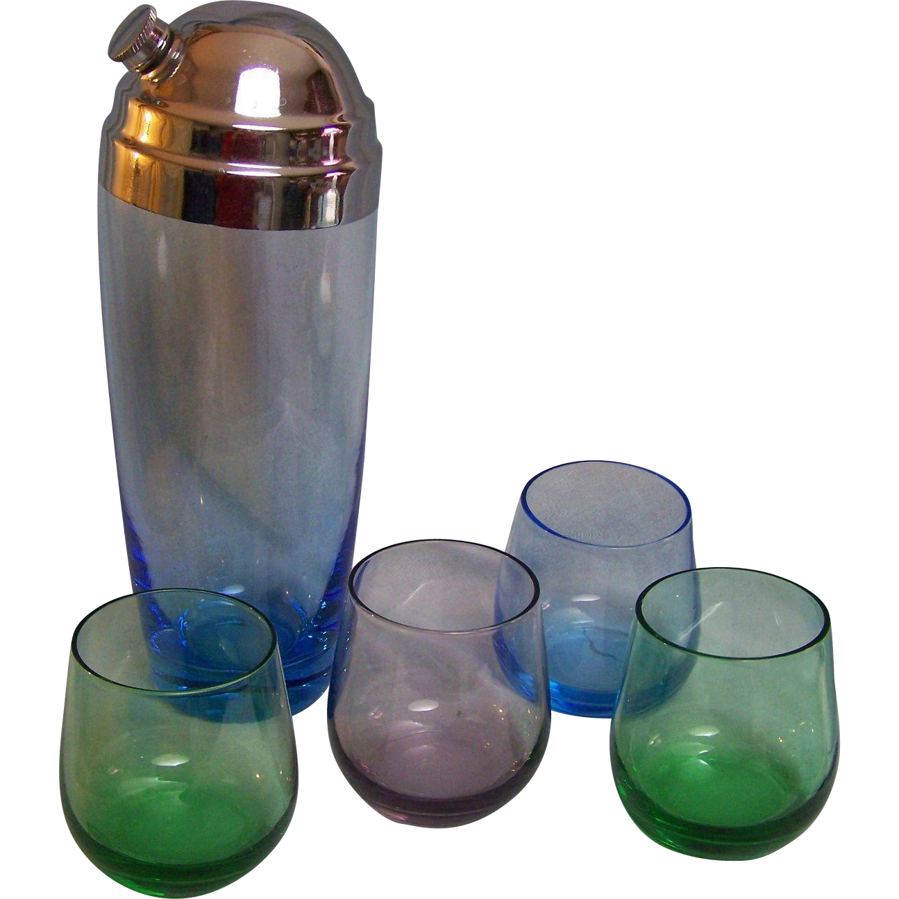 Cocktail Shaker with Tumblers