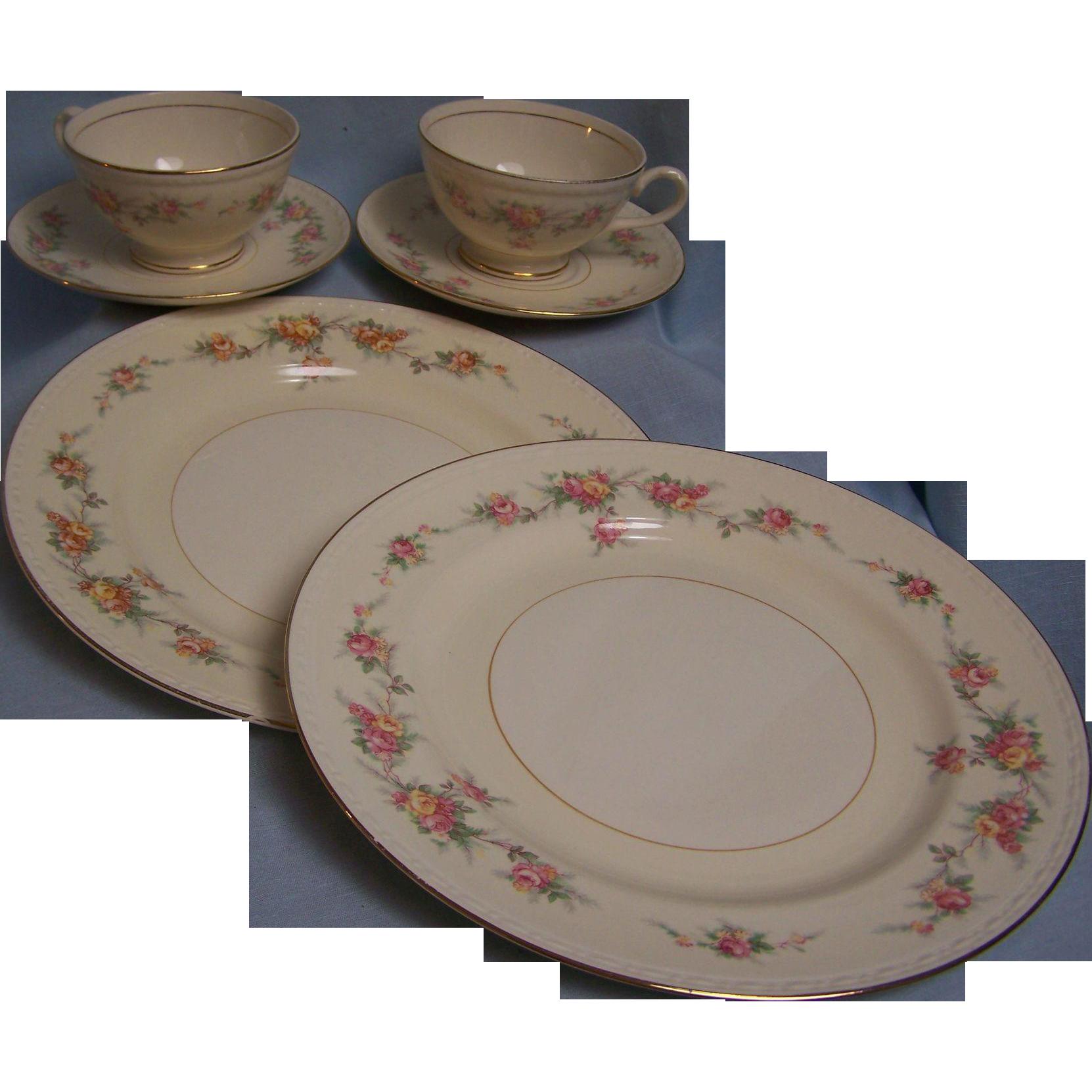 Georgian Eggshell Dinnerware set of 2