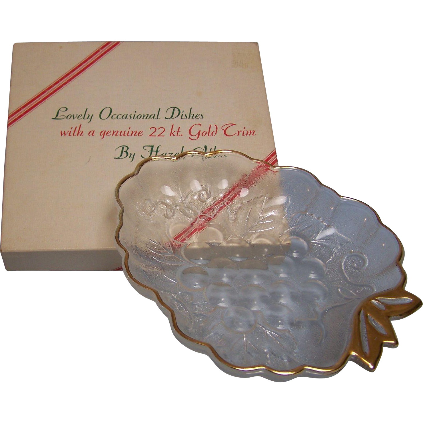Hazel Atlas 22 kt Grape Candy Dish