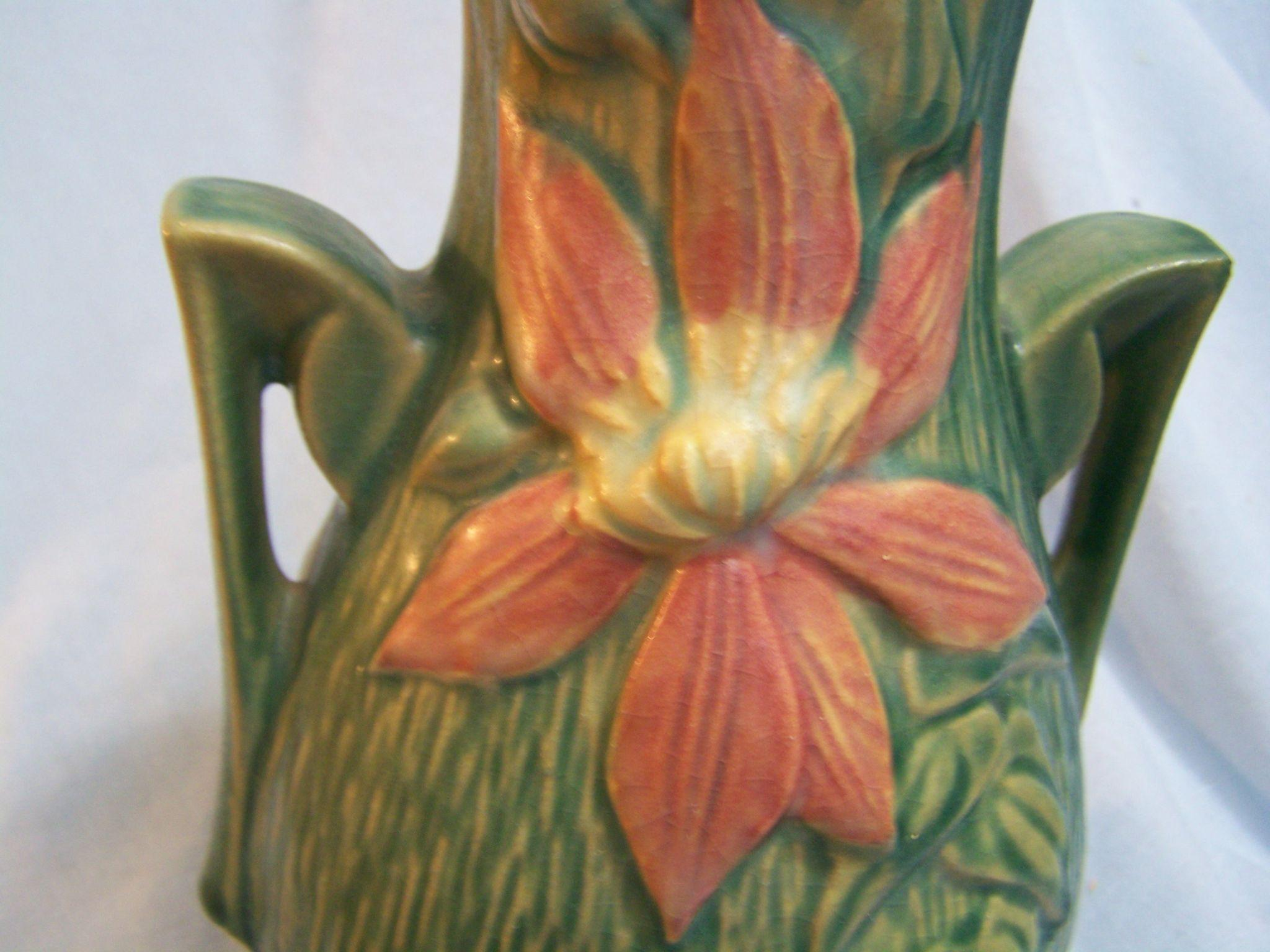 Roseville Clematis Green Vase Handled 108 8 From Wings On Ruby Lane