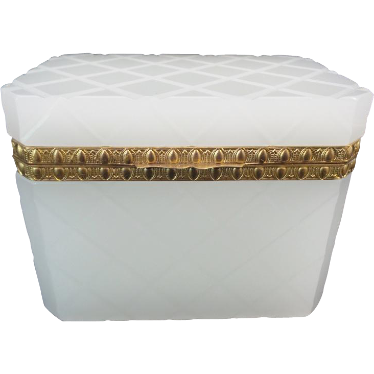 """Antique White French Opaline Casket Hinged Box """"MAGNIFICENT"""""""