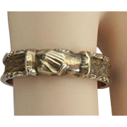 "19TH Century 14KARAT Yellow Gold Mourning Hair Ring ""CLASPING HANDS"""