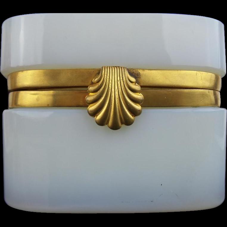 """XXXXXXXXXXX Antique French Bulle de Savon Opaline Casket Hinged Box """"EXQUISITE SHELL CLASP"""""""