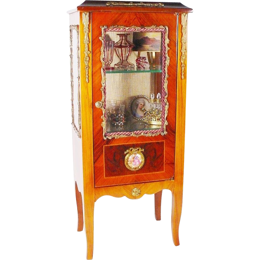 lovely vintage french style miniature vitrine curio. Black Bedroom Furniture Sets. Home Design Ideas