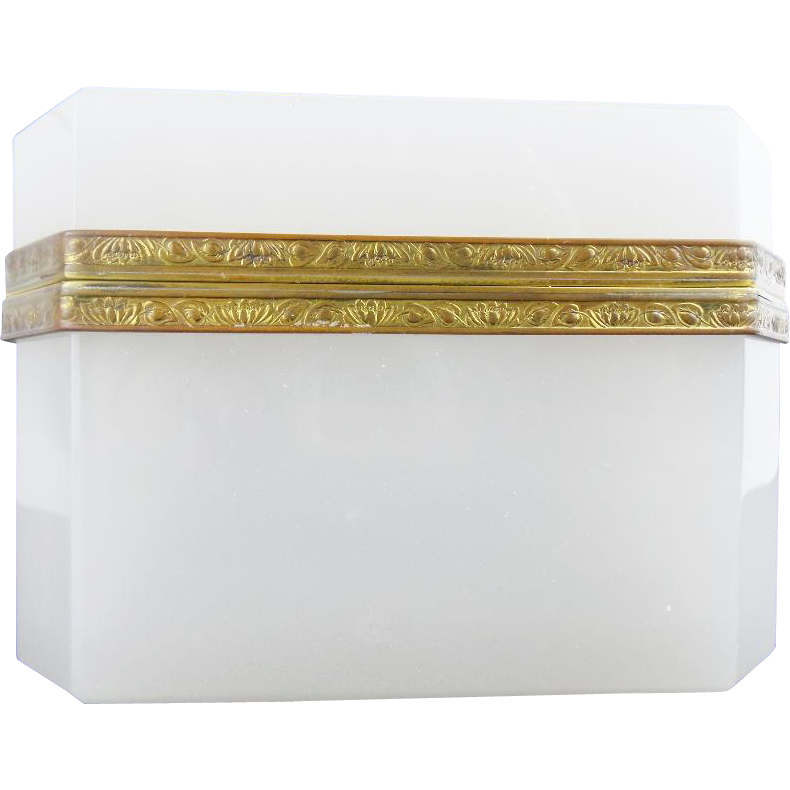"Antique French White Opaline Casket Hinged Box ""BEAUTIFUL SHAPE,SIZE, & MOUNTS"""