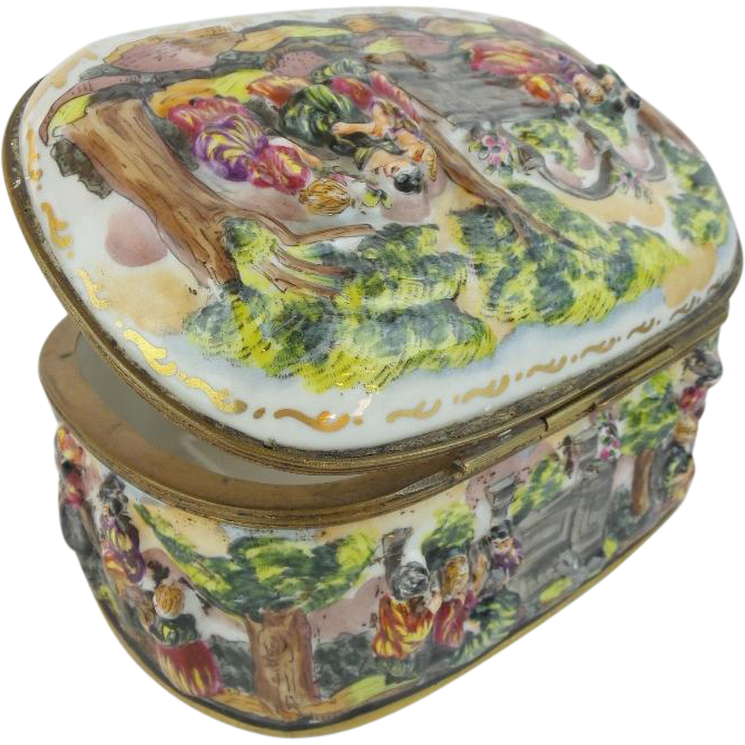 "Antique Capodimonte Porcelain Oval Casket Hinged Box ""LADIES & MEN ON HORSES"""