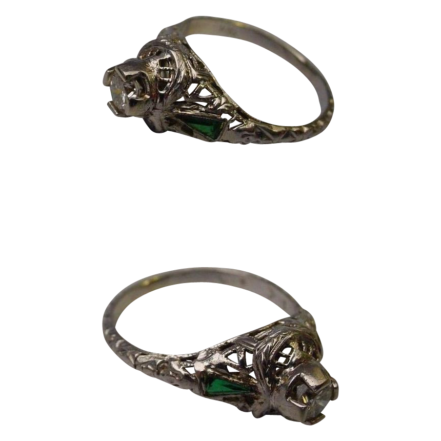 Beautiful 1915 18K White Gold Diamond and Emerald Filigree Ring