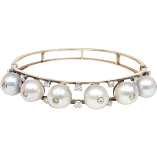 "Stunning  Estate 14KARAT Pearl and Diamond Bangle Bracelet ""BEAUTIFUL"" ~  Each Pearl is Separated with Two Diamonds"