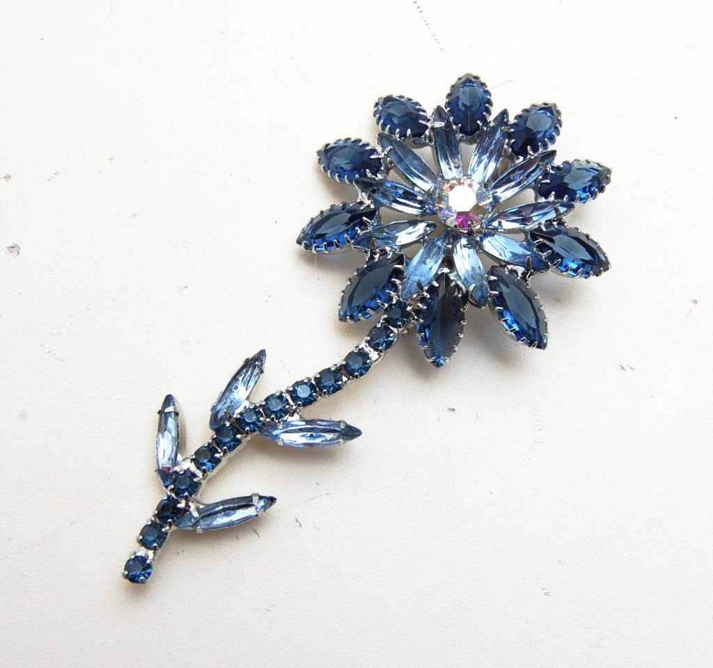 Blue Flower Rhinestone Brooch