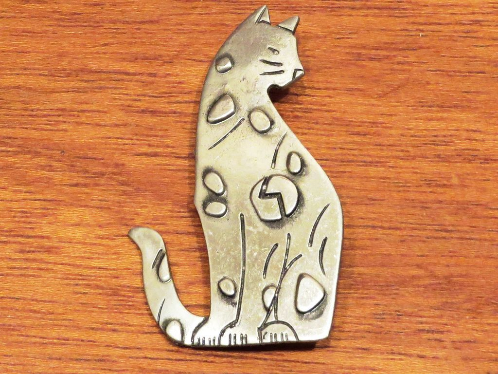 JJ Figural Kitty Cat Brooch - 1988