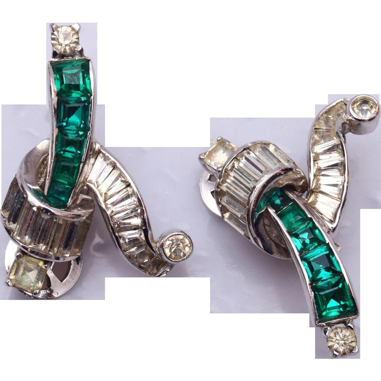 Mazer Beautiful Green Rhinestone Earrings