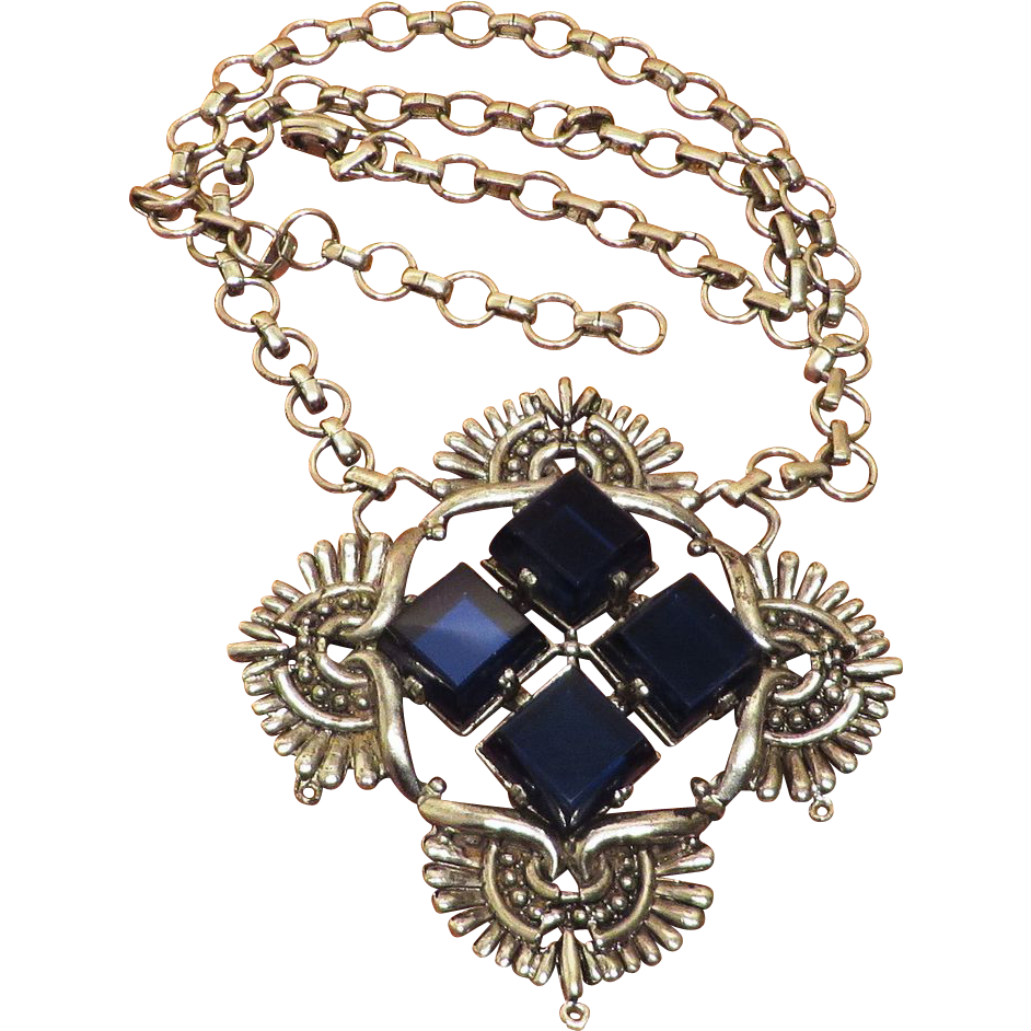 Unusual Hollycraft Large Blue Necklace