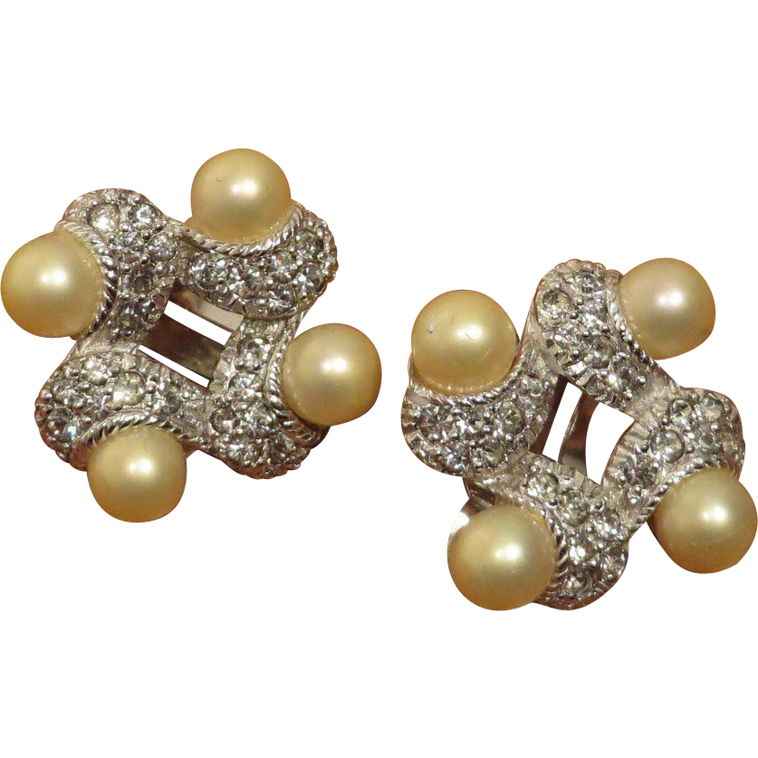 Gorgeous Pennino Crystal and Faux Pearl Earrings