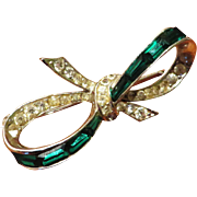Boucher Phyrgian Cap Emerald Color Brooch - pre 1955