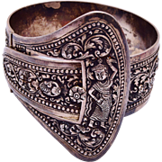 Amazing 900 Silver Cambodian Arm Bracelet