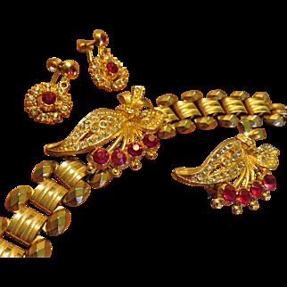 Set  Bracelet, Brooch, Earrings
