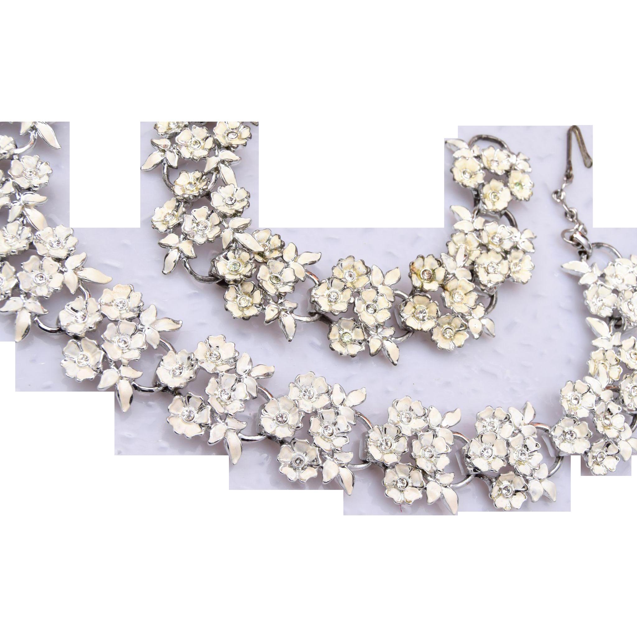 White Enameled Flower and Rhinestone Necklace and Bracelet Set