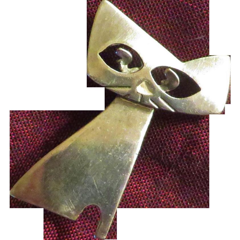 Mid-Century Figural Cat Brooch
