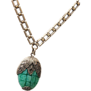 Green Art Glass and Beautiful Square Link Chain Necklace