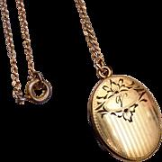 """1/20 10kt Gold Filled Locket Etched """"V"""""""