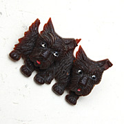 Dark Brown Scottie Dogs Moveable Head Brooch