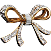 Swarovski Crystal Bow Brooch - Excellent Condition